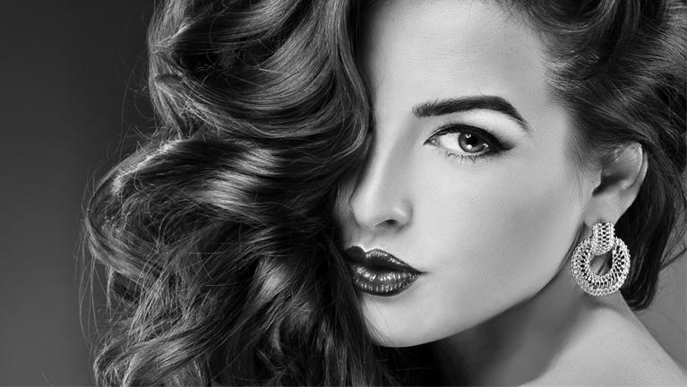 Ladies Hair rebonding services in Al Nahda